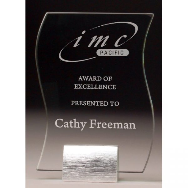 GM102 Engraved Glass Award